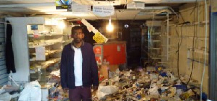 Former Hackney resident kicks off fund raising for local riot affected store owner