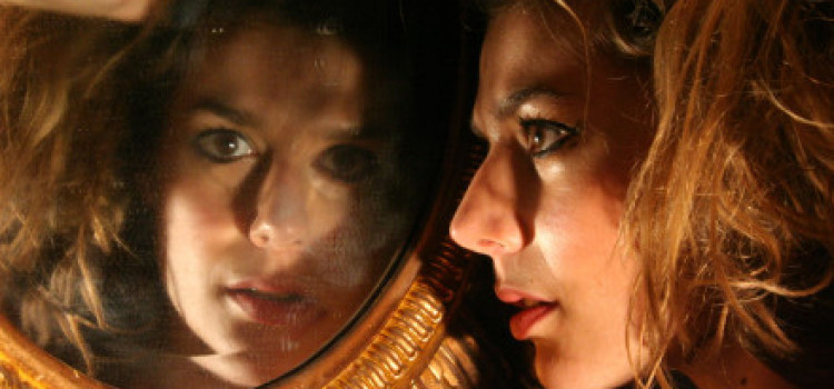 Theatre Review: Sappho… in 9 Fragments at the White Rabbit Cocktail Club