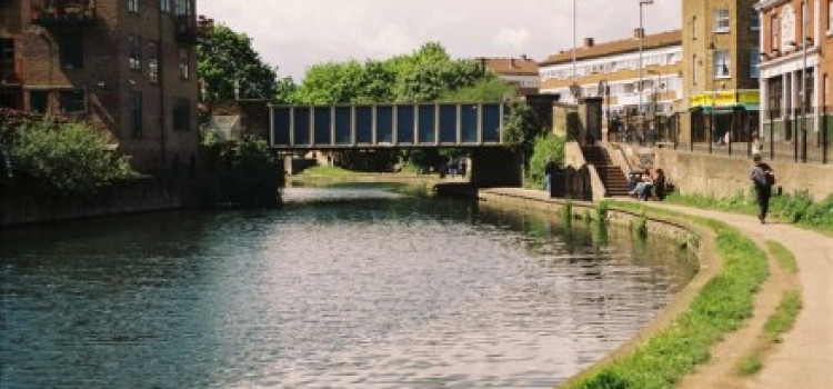 Appeal following indecent assault attacks on women in Regents Canal area