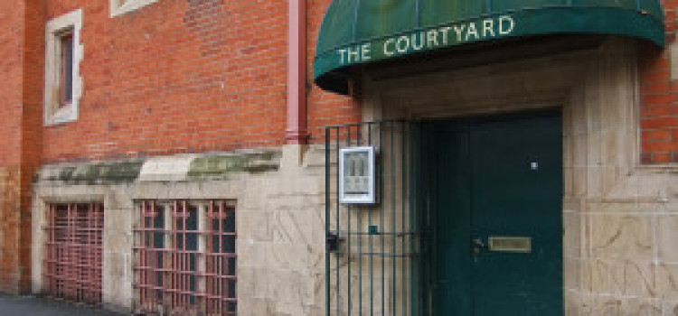 Theatre Review: Script Sessions – Courtyard Theatre, Hoxton