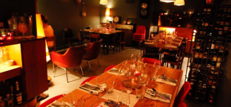 "East London Supper Clubs: ""Back in 5 minutes"""