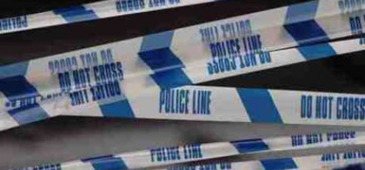 Lower Clapton: Man found slashed in neck