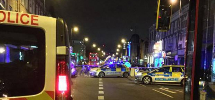 Man shot in Stoke Newington Convinience Store