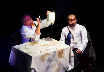 La Razón Blindada, Teatro Malayerba- Arístides Vargas & Gerson Guerra © Alex Brenner