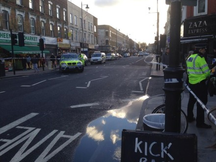 The scene where a man in his mid 60's died following a collision with a lorry in Stoke Newington, this morning.  Image ourtesy of Tom Bateman @tombateman